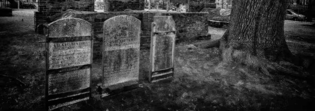 Colonial Park Cemetery  – Savannah, GA